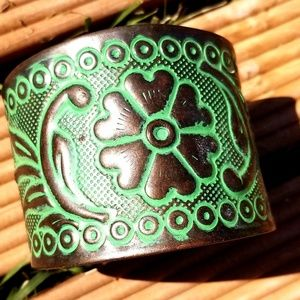 Vintage Floral Embossed Brass & Patina-Look Cuff